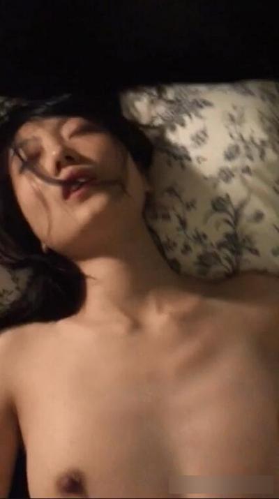 新婚の美人若妻の流出ヌード画像 8