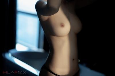 美乳な中国美女モデルの美しいヌード画像 3