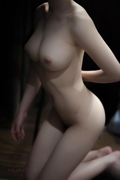 美乳な中国美女モデルの美しいヌード画像 11