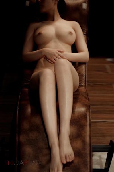 美乳な中国美女モデルの美しいヌード画像 14