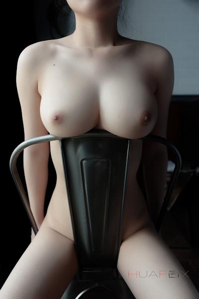 美乳な中国美女モデルの美しいヌード画像 16
