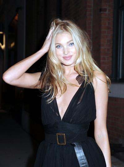 スウェーデンのスーパーモデル Elsa Hosk(エルザ・ホスク)がノーブラ透け乳首 2