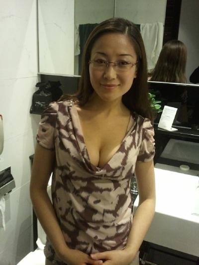 巨乳な台湾美女の流出ヌード画像 1