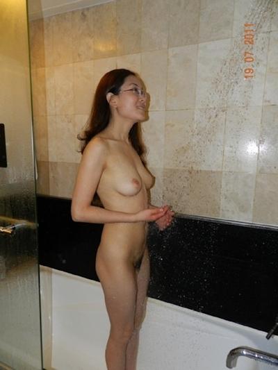 巨乳な台湾美女の流出ヌード画像 7