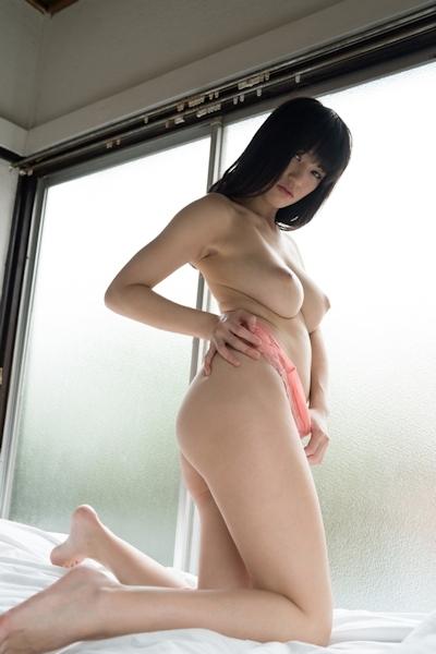 高橋しょう子(高崎聖子) セクシーヌード画像 15