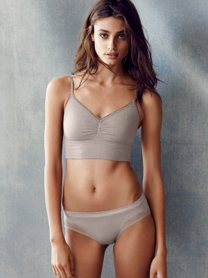 Taylor-Marie-Hill-280826 (17)