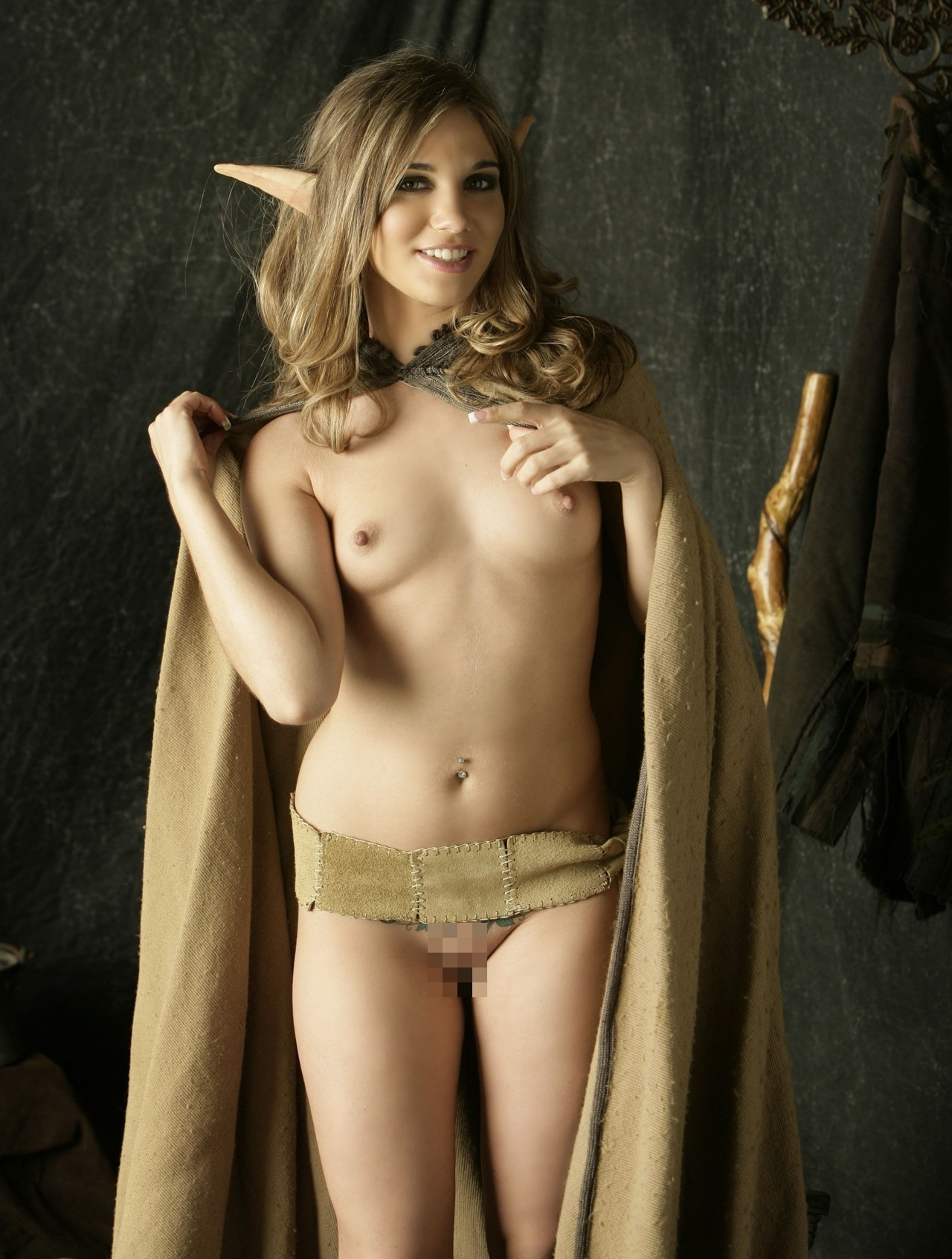 nude cosplay girls