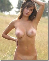 nude-281102-2 (3)