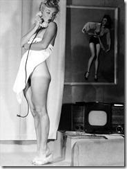 Marilyn-Monroe-281118 (4)