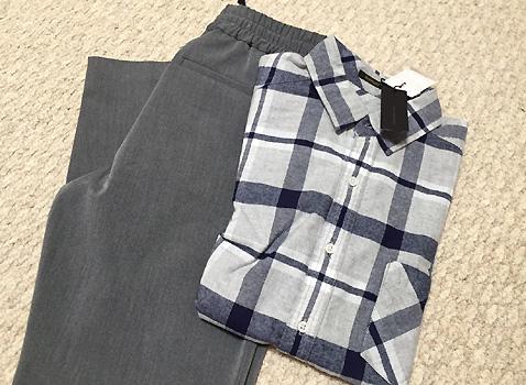バーンヤードストームにて、グレーの会社用パンツを購入しました