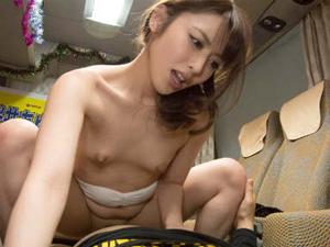 2万人とセックスした淫乱美人痴女のテクニックに我慢できれば中出し 桜井あゆ