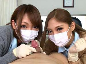 マスクをした白衣の痴女天使たちが仮性包茎患者を淡々と挟み撃ち手コキする主観動画!武井麻希 HIKARI