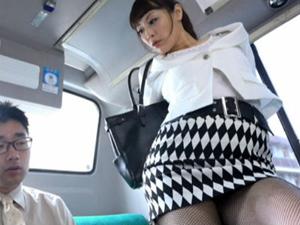 バスでM男を逆ナンパした黒パンスト美脚フェロモン痴女OLがどスケベ軟体セックス 広瀬奈々美