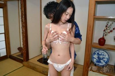 尾田 靖恵 ガリガリ 人妻 無修正動画 002