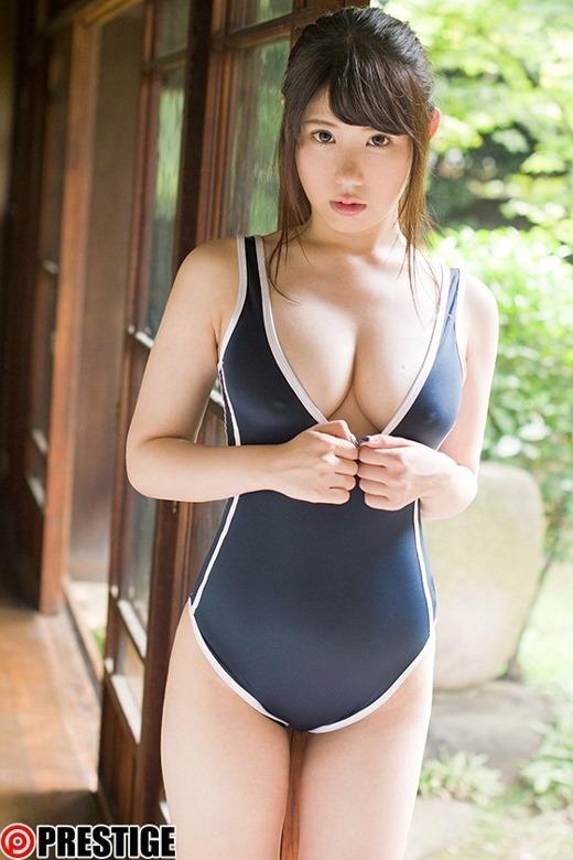 梨杏なつ 03