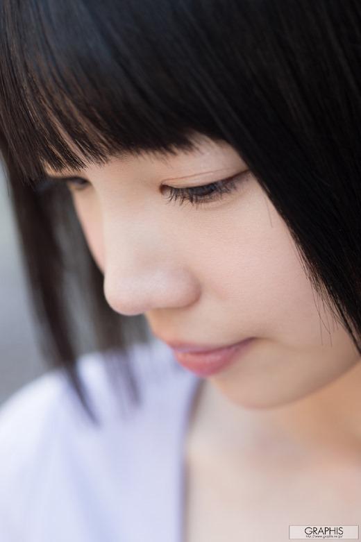 鈴木心春 03