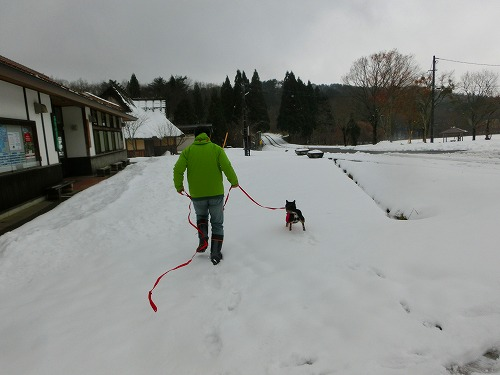 雪遊び (2)