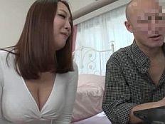 【無】PC修理を頼んで来た豊満美熟女がどう見ても誘ってるとしか思えないんだがwww||