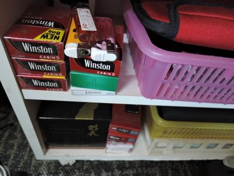 ロッカーに隠されてあったタバコ。