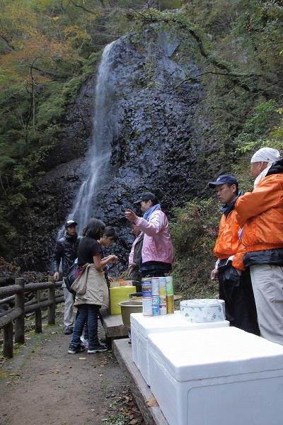 白猪の滝祭り 151103 02