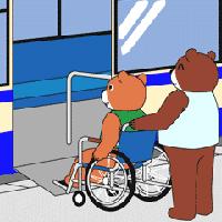 車いすを押すクマ
