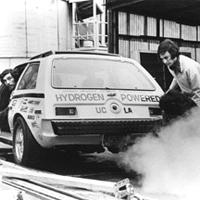 水素エンジンカー