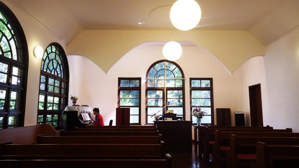 内「東京若葉キリスト教会」