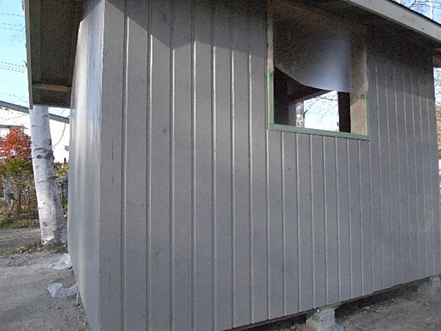 小屋壁塗装