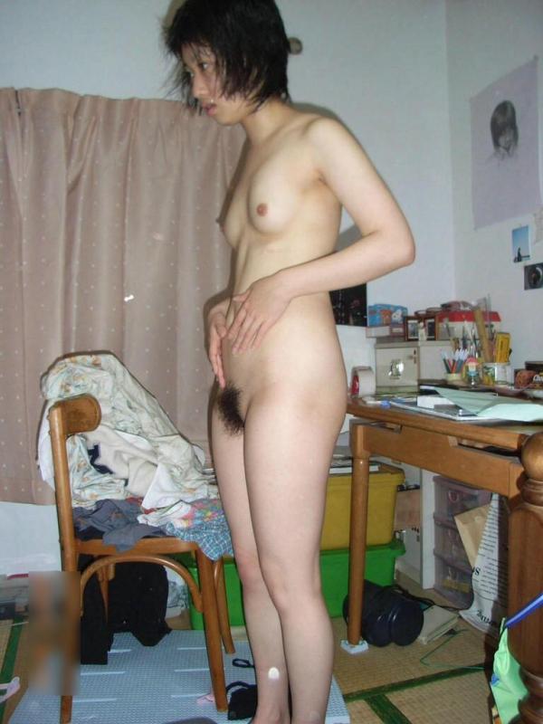 20代若妻・新妻・若奥さんのエロ画像-2