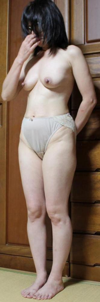 40代熟女の四十路人妻エロ画像-15
