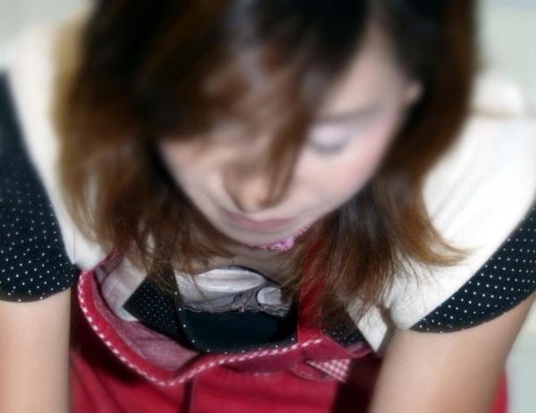 胸チラ画像-91