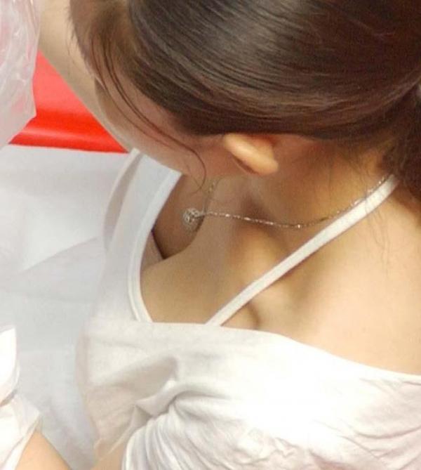 胸チラ画像-96