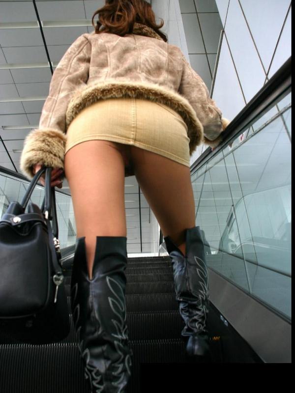 階段パンチラ画像&エスカレーターパンチラ画像-20