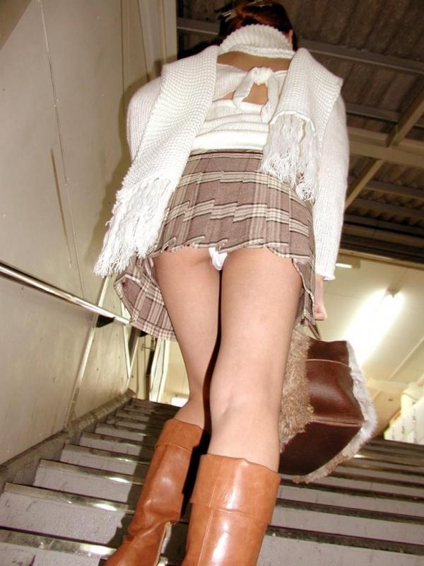 階段パンチラ画像&エスカレーターパンチラ画像-58