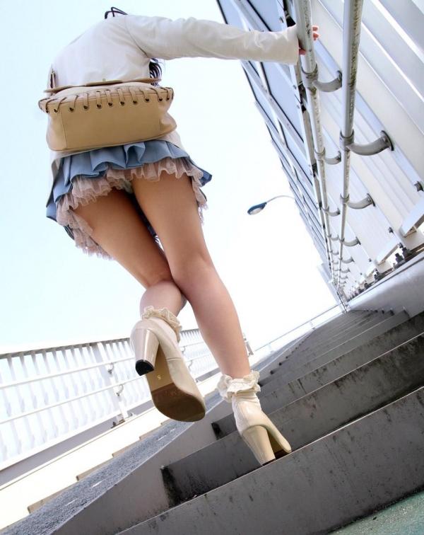 階段パンチラ画像&エスカレーターパンチラ画像-62