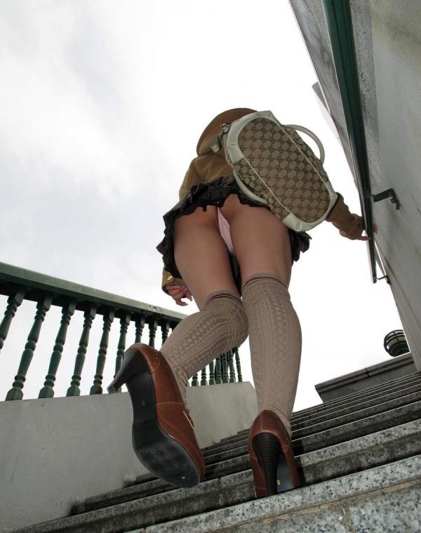 階段パンチラ画像&エスカレーターパンチラ画像-69