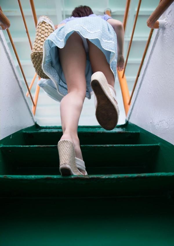 階段パンチラ画像&エスカレーターパンチラ画像-71