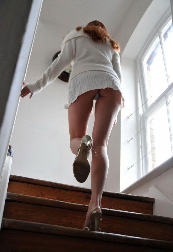 階段パンチラ画像&エスカレーターパンチラ画像-73