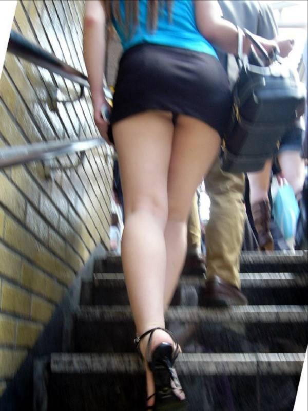 階段パンチラ画像&エスカレーターパンチラ画像-81