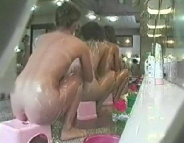 女子風呂盗撮画像-11