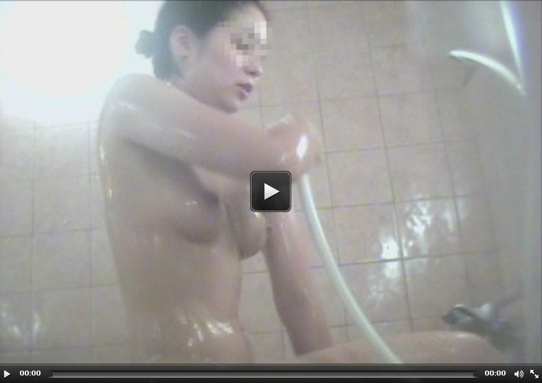 近距離女子風呂洗い場2を再生する