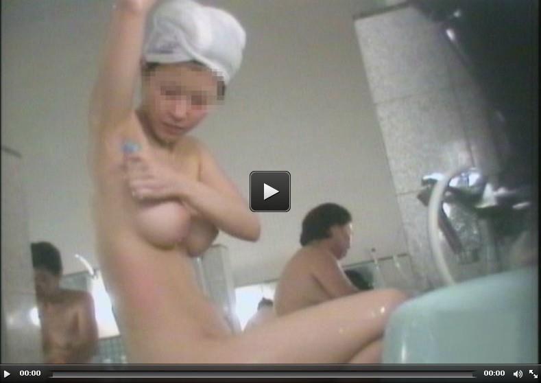 厳選!女子風呂洗い場2を再生する