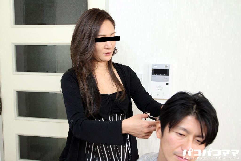 四十路淫乱人妻の無修正熟女画像-25