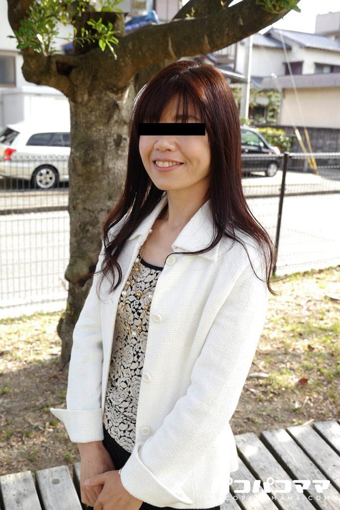 四十路淫乱人妻の無修正熟女画像-38