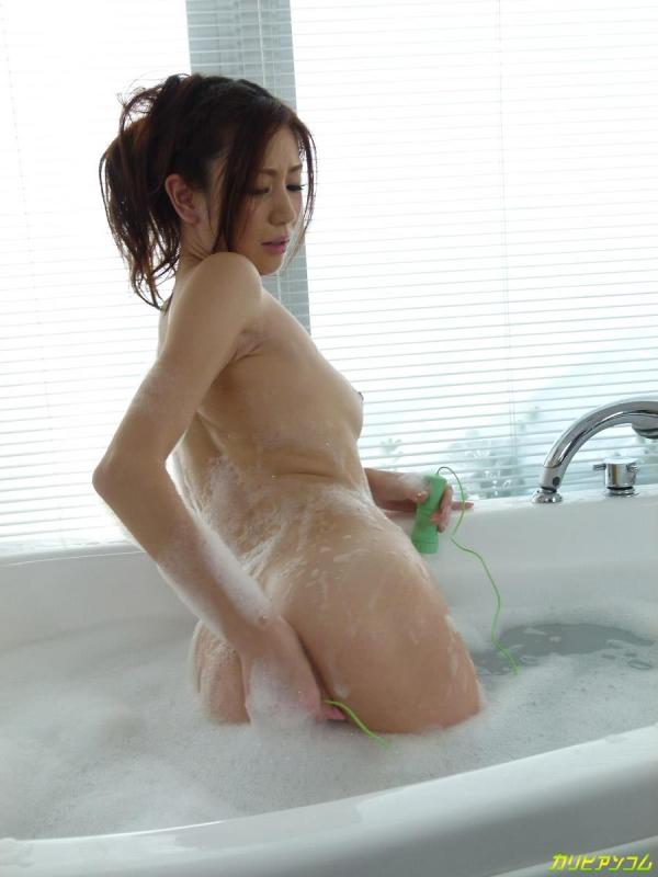 前田かおり無修正画像-13