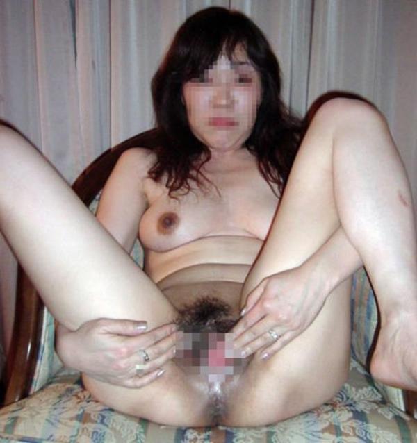 熟女の汚まんこ画像 17