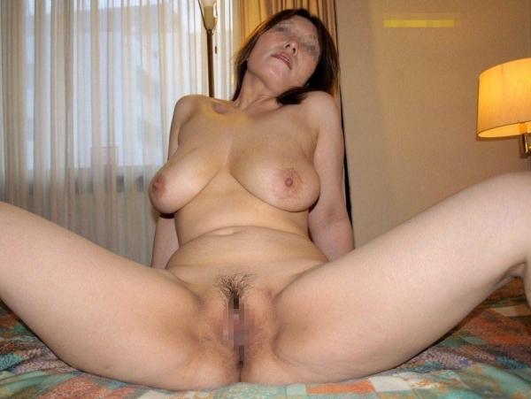 熟女の汚まんこ画像 4
