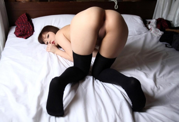 裸に靴下画像