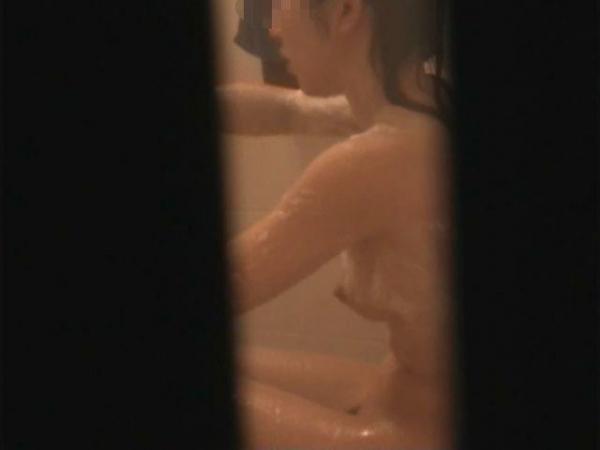 住宅街の風呂盗撮画像-45