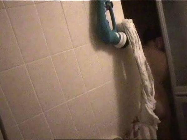 住宅街の風呂盗撮画像-60